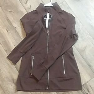 Lululemon brown longsleeve zip up